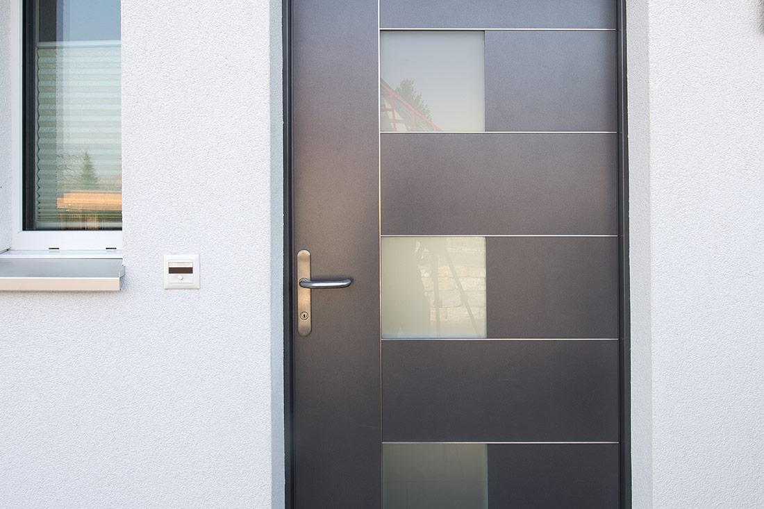 Foto von Eingangstüre – Produkt Türen Sommer AG